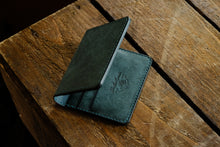 Mora bifold wallet 6 pockets