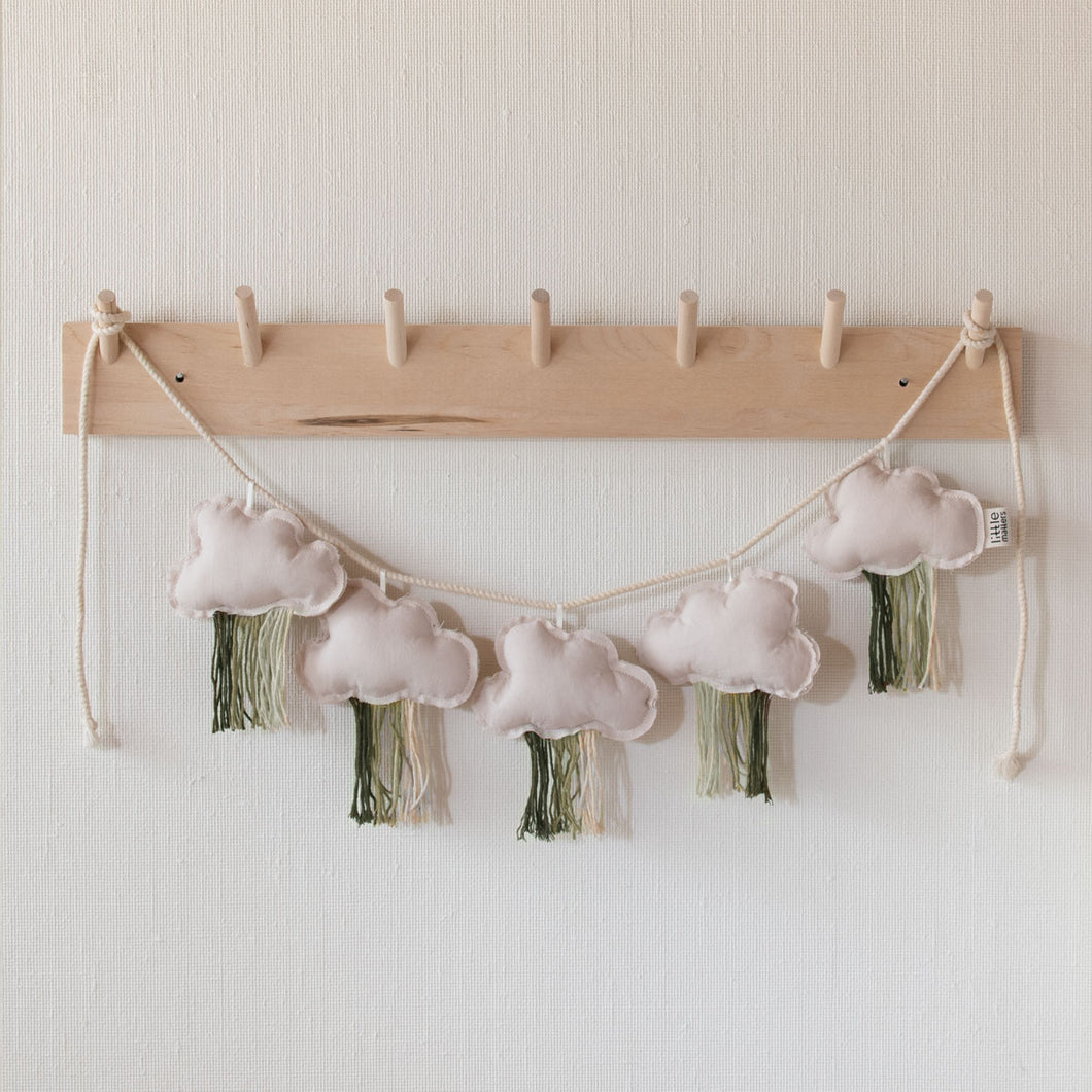 Hanging Clouds Garland Green