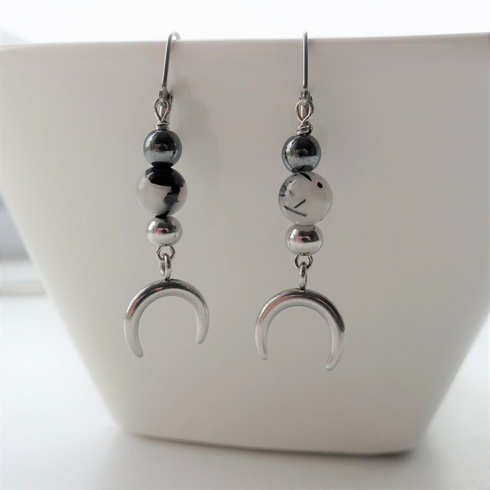 Black and White Stone Horn Moon Dangle Earrings