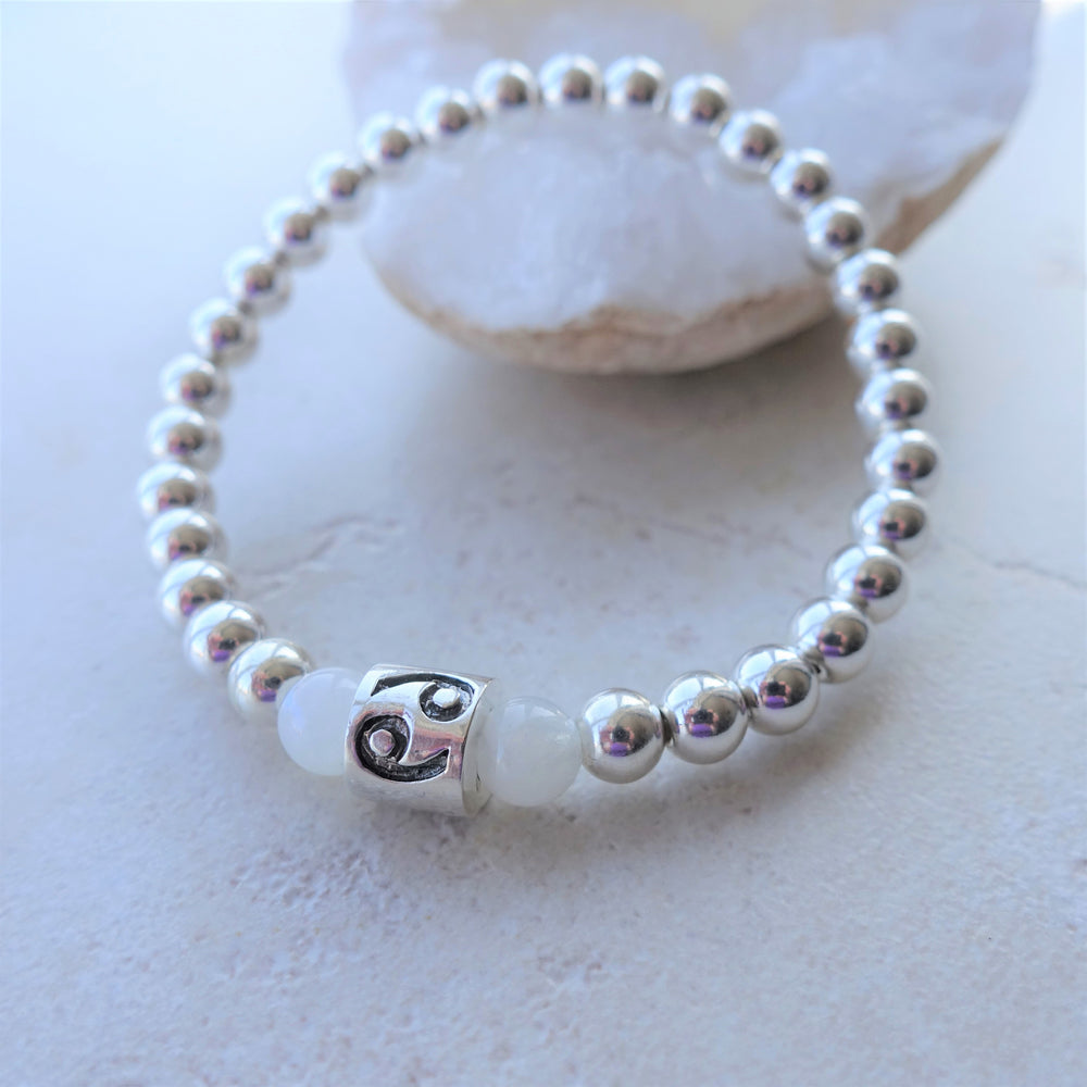 Cancer Zodiac Moonstone Gemstone Beaded Bracelet