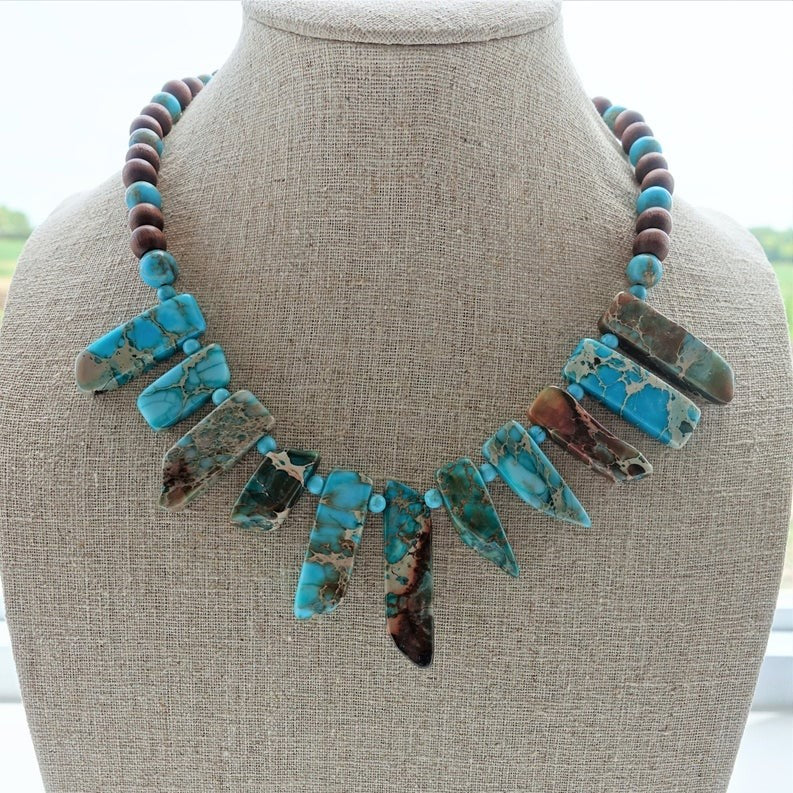"""Turquoise Howlite 12 mm Gemstone Bead Statement Necklace With Trigger Clasp 17/"""""""