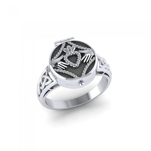 Irish Claddagh Sterling Silver Poison Ring TR1358 Ring