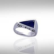 Modern Triangle Inlaid Silver Ring with Side Motif