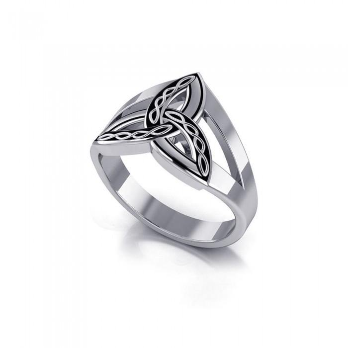 Braided Celtic Triquetra Ring TRI657