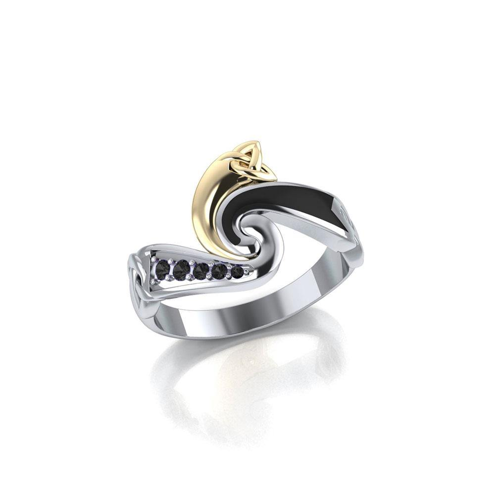 Endless and Modern Celtic Triskele Ring