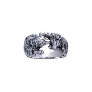 Wolf Kiss Ring TR1403 peterstone.