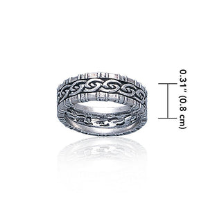 A Celtic symbol with no beginning and end ~ Knotwork Ring TR3416 peterstone.