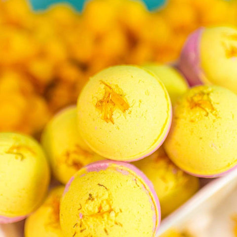 Nectar Bath Treats Asian Pear & White Lily Bath Bomb bath bomb