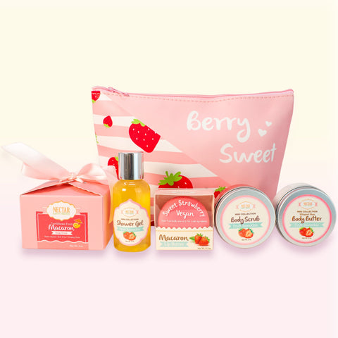 Nectar Bath Treats Sweet Getaway Travel Set Bath and Body Gift Set