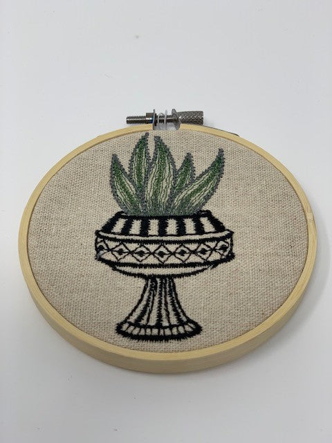 "Embroidered hoop 5"" - cactus"