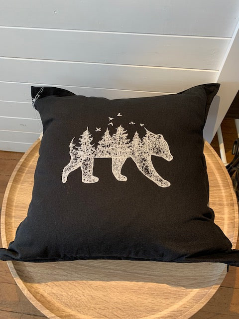 Pillow - Woodland bear (large)