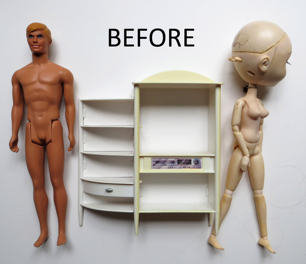 Yellowed plastic dolls and doll furniture