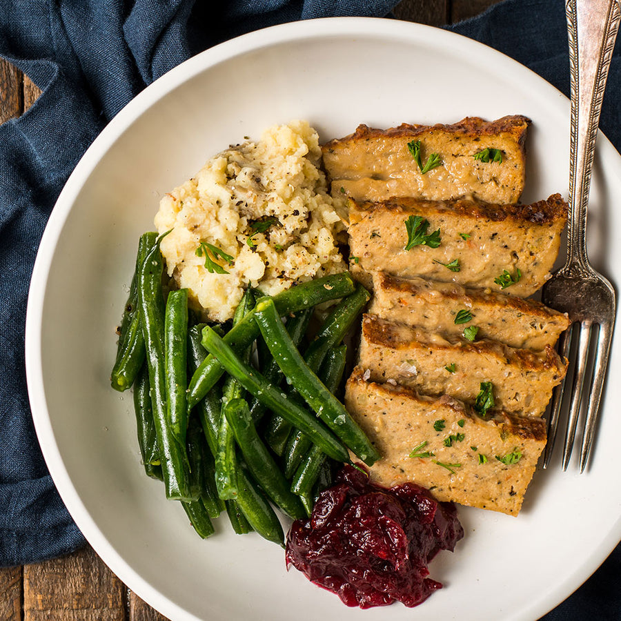 Turkey Meatloaf with Cranberry Sauce, Mashed Potatoes & Green Beans