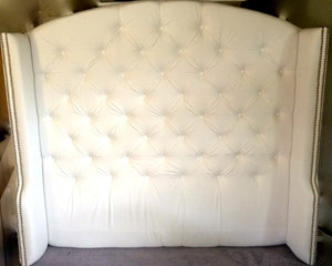 Tufted arched wingback headboard and bed frame in white velvet (queen size)