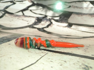 Red/Green Swirl Dabber by Sweers Glass