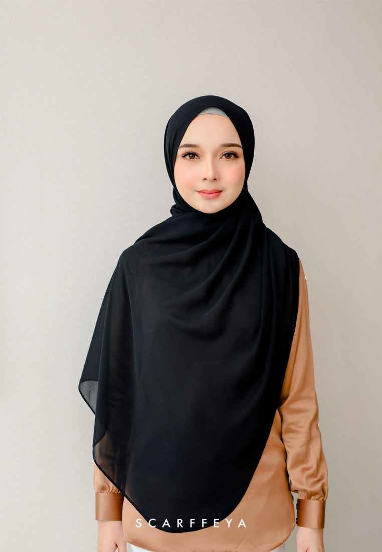 Puteri Shawl 2021 (Midnight Black)