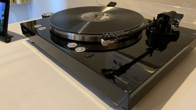 ''A Work Of Pure Genius'' or ''When Is A Turntable Not A Turntable''