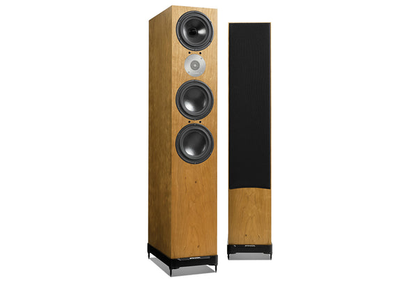 SPENDOR D9 stereo hi fi system, just add hi fi separates or a hifi amplifier