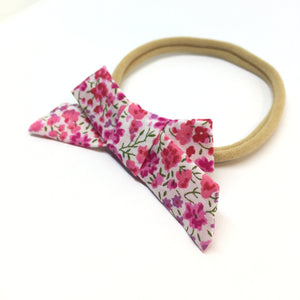 The Tiny Bow Shop - Valentine's Day Pink Floral Dainty Hair Bow
