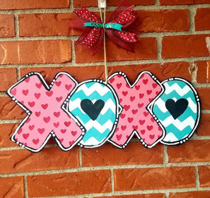 "19"" XOXO Hugs Kisses Valentine's Day Wood Door Hanger Cut Out"