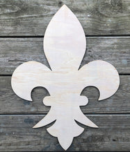 "Load image into Gallery viewer, 21"" Fleur De Lis Door Hanger Cut Out"