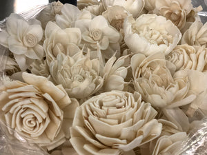 25 Assorted Wooden Flowers