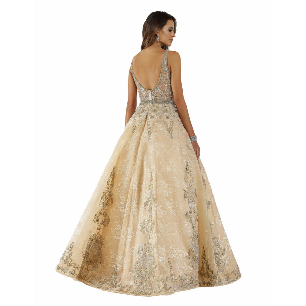 Dress Earth Lara 29682 - v neck lace ballgown