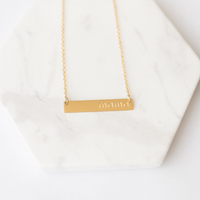 "Load image into Gallery viewer, ""Mama"" Necklace - Gold"
