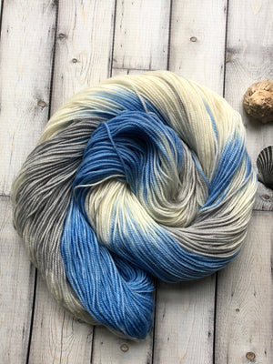 blue white and gray yarn