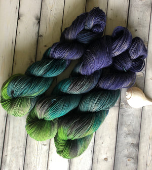 blue green yarn