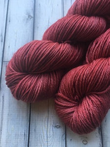 Worsted Weight Yarn - Manhattan Lipstick