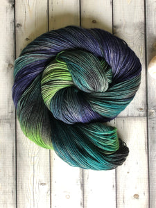 dark blue sock yarn