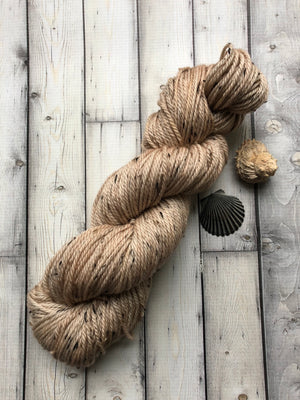 tan tweed yarn