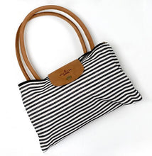 Load image into Gallery viewer, Lacey Weekender Bag
