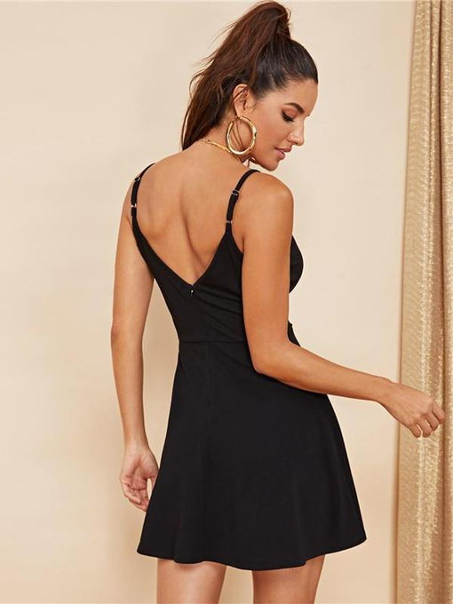 Kynlee Black Party Low-Back Sleeveless Dress
