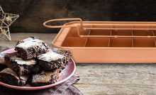 Load image into Gallery viewer, Copper Brownie Pan – 3 pc Perfect Brownie Pan Set - Pan for Brownies with Dividers, Pan, and Serving Plate