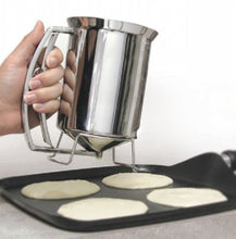 Load image into Gallery viewer, Stainless Steel Pancake Batter Dispenser – 3 Cup Cupcake Batter Dispenser