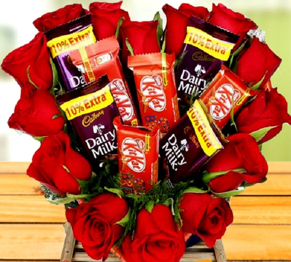 Valentine Deal of Dairy Milk & Kit Kat with Flower
