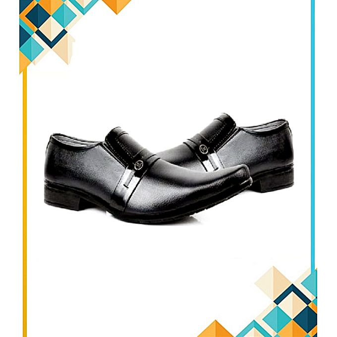 SIK Collection Black Stylish Formal Shoes For Men