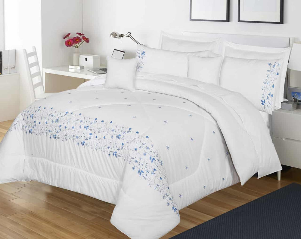 Embroidered comforter (White)