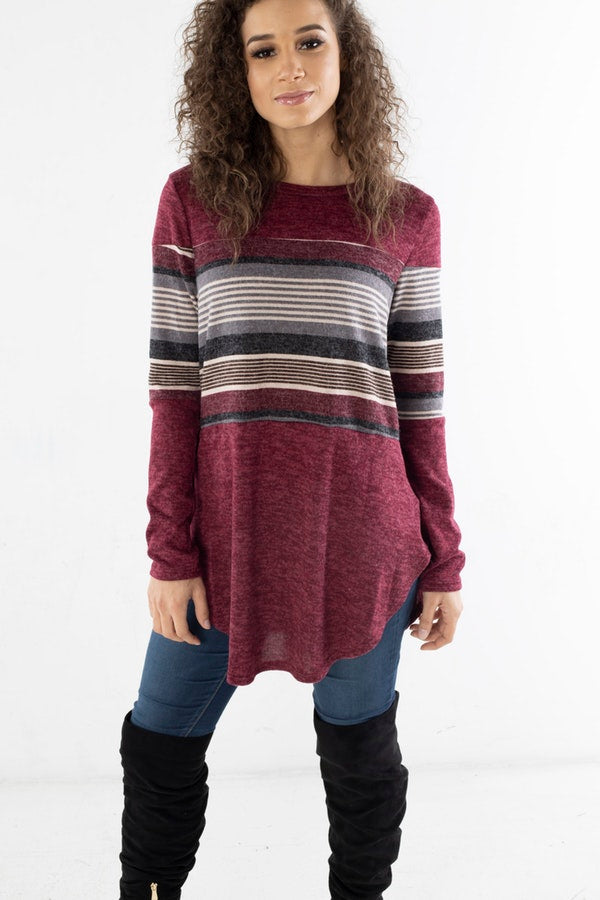MULTI-COLOR STRIPE KNIT TOP