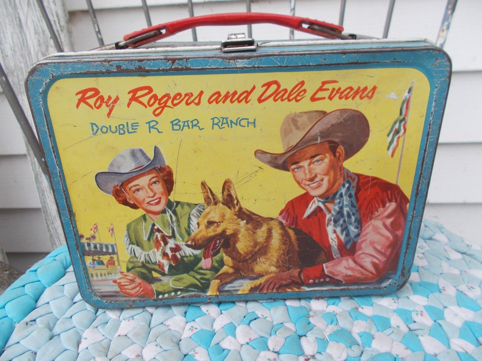 VINTAGE-ROY   ROGERS   AND   DALE   EVANS METAL  LUNCHBOX