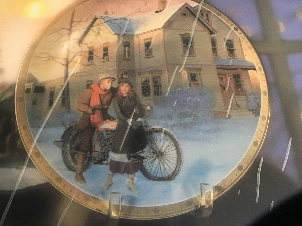 "Harley Davidson Collectors Plate "" Under The Misletoe"""