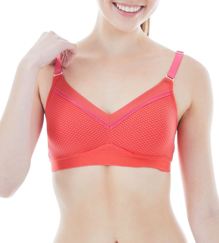 Triaction Free Motion  Non-wired Padded Bra - RED