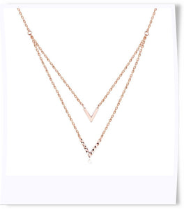 18k gold chevron necklace