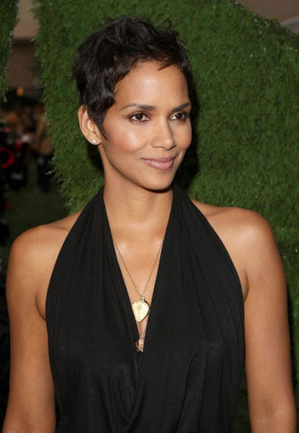 4 Step Halle Berry Skincare Routine That Has Us All Doing a Double Take