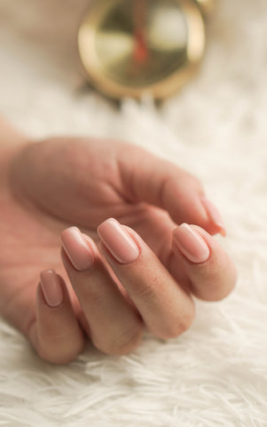 9 Clean Nail Polish Brands You Can Feel Confident Painting With | Mirra Skincare