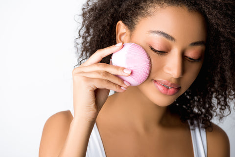 The Insider's Guide to Facial Cleansing Brushes