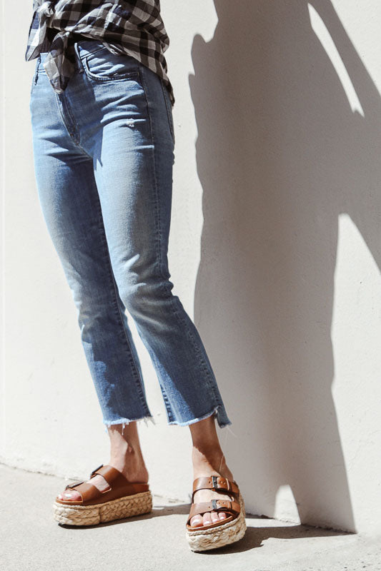"""Insider Crop Step Fray"" Jean"