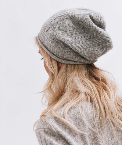 Woman's Cashmere Fitted Slouch Beanie